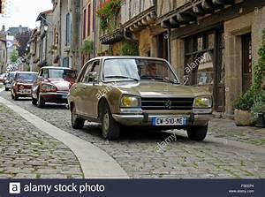 Peugeot Parthenay : peugeot 504 classic french car stock photo royalty free image 88214732 alamy ~ Gottalentnigeria.com Avis de Voitures