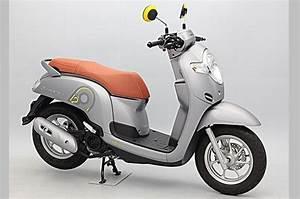 Harga Motor Honda Scoopy
