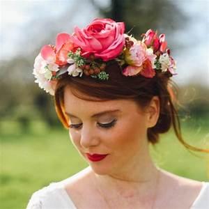 Couronne De Fleurs Cheveux Mariage : accessoire couronne de fleur maison design ~ Farleysfitness.com Idées de Décoration