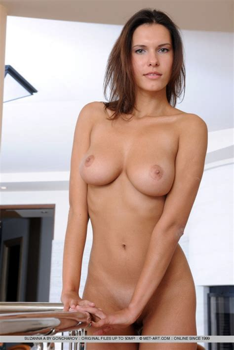 Sexy Suzanna A Nude Sexy Gallery Photo Sexyandfunny Com