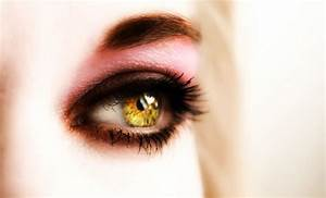 yellow eyes by tieumagame on DeviantArt