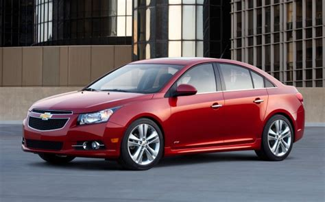 Chevy Cruze Review by Perry Auto 2013 Chevy Cruze Review