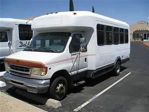 1999 Ford Passenger Bus 1916