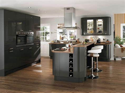 cuisine ouverte grise cuisine plan de travail gris