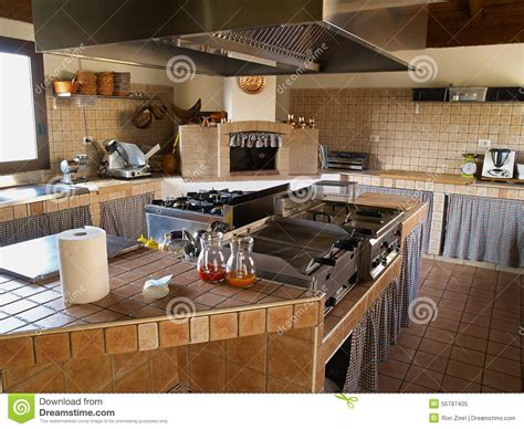 cuisine professionnelle professional restaurant kitchen stock image image of