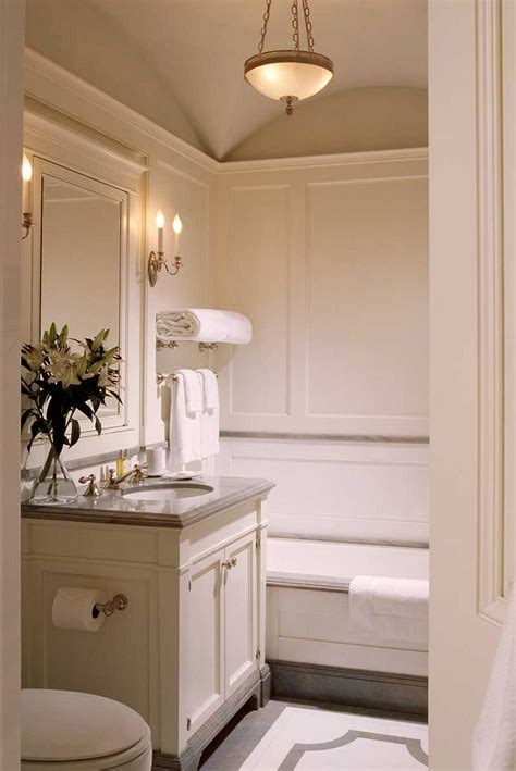 25+ Best Ideas About Small Elegant Bathroom On Pinterest