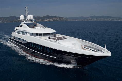 Yacht Luxury by Luxury Yachts Mega Yachts Superyachts 4yacht