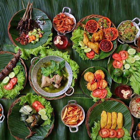 destinasi kuliner favorit wisatawan jakarta   bandung