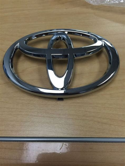Emblem Toyota Camry By Lumobil 1000 ideas about 2002 camry on toyota 2015