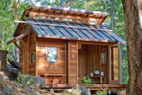 ingeniously designed tiny cabins  vacation  gateway
