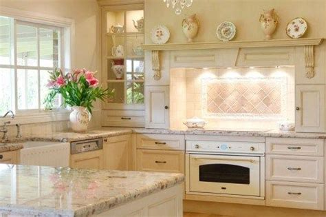 what is in style for kitchen cabinets 17 best ideas about provincial kitchen on 9853