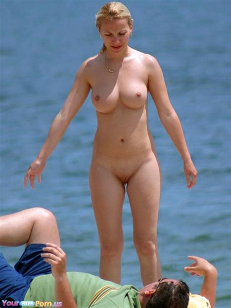 Naked Blonde With Awesome Body At The Beach Beach Sorted Luscious