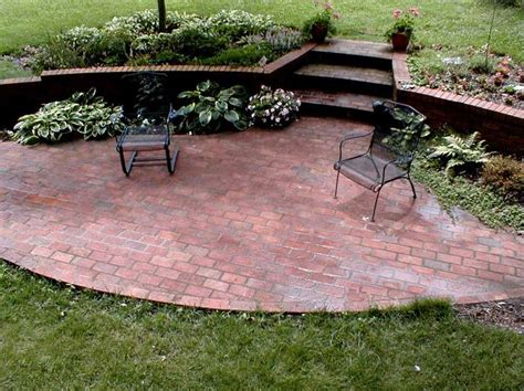 brick patio circular patios brick