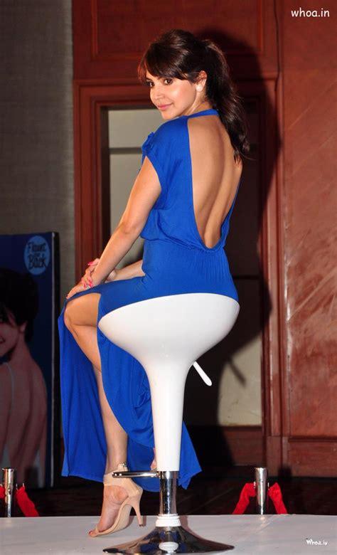 anushka sharma blue backless top  niveas flaunt event