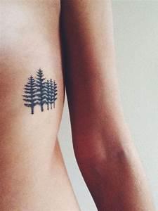 Tatouage Homme Petit : tatouage arbre signification et repr sentations sous ~ Carolinahurricanesstore.com Idées de Décoration
