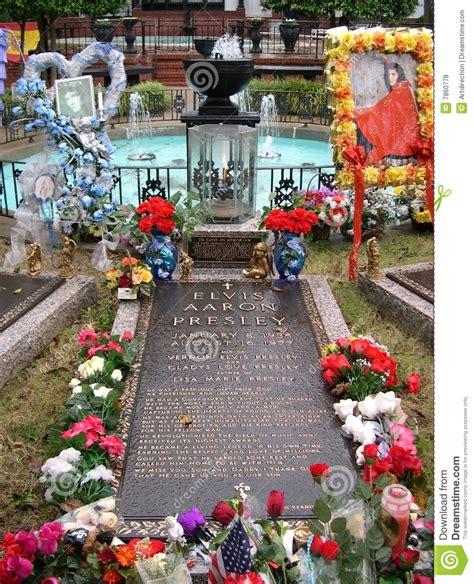presley smith età sepultura de elvis presley graceland memphis tn foto de