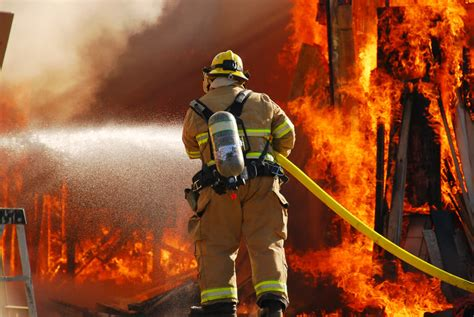 Firefighter Salary Guide and Career Outlook 2021 ...