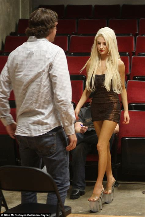 Flirty Courtney Stodden Auditions Shirtless Men To Star In
