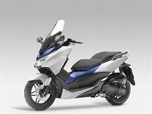 Honda Forza 125 Promotion : honda forza 125 bilder und technische daten ~ Melissatoandfro.com Idées de Décoration