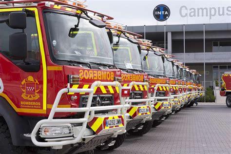 camions de pompiers renault trucks ville de madrid espagne