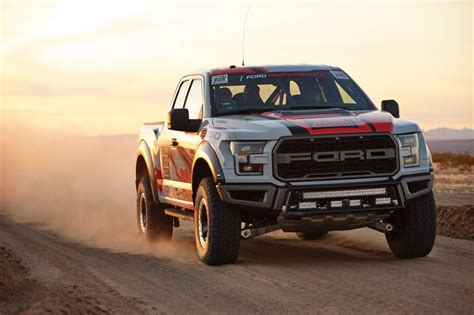 2017 Ford F 150 Raptor Race Truck Finishes Mint 400 The