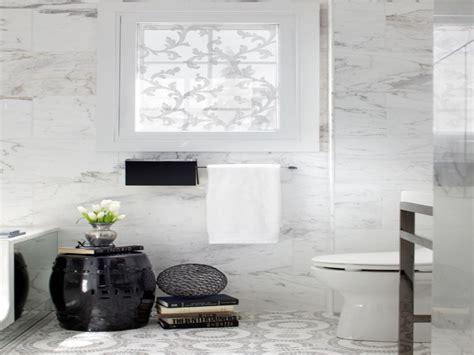 Small windows for bathrooms, small bathroom window