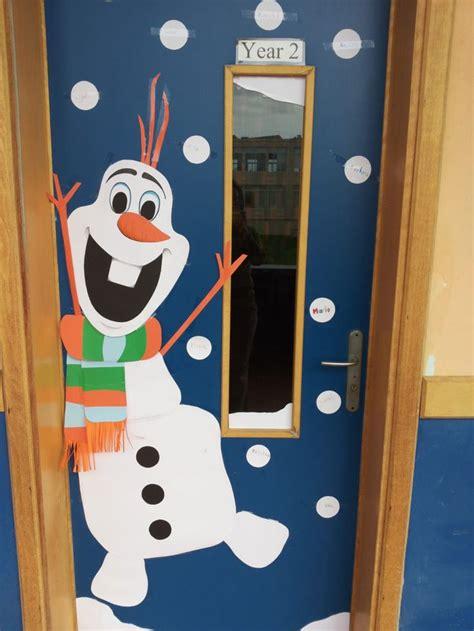 ideas  christmas classroom door  pinterest