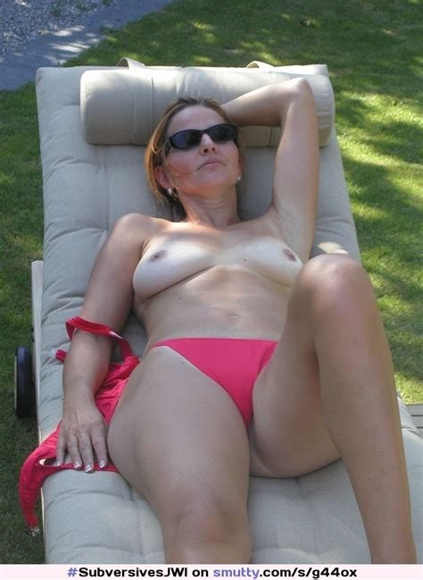 Redhead Milf Cougar Mature Housewife Sunbathing