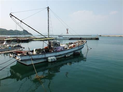 le port de bateau de p 234 che dans le port de karato sur teshima