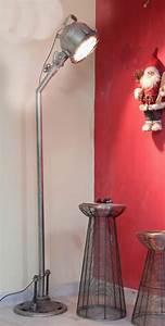 Lampe Sur Pied Industriel : lampe industrielle sur pied acrobat deco industriel ~ Melissatoandfro.com Idées de Décoration
