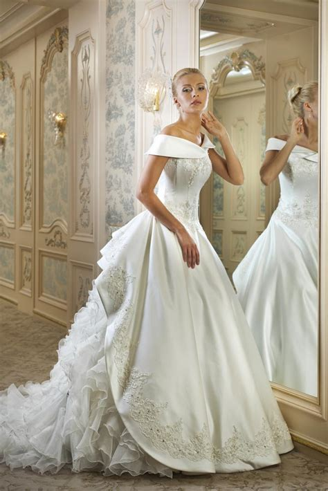 design your wedding dress create your own tale wearing wedding dress