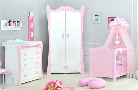 chambre à coucher bébé choisir le mobilier pour la chambre à coucher d un bébé