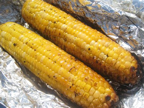 how to grill corn grilled in foil corn on the cob how to grill corn youtube