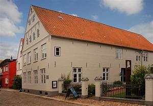 Husum Haus Kaufen : theodor storm haus i foto bild deutschland europe schleswig holstein bilder auf fotocommunity ~ Orissabook.com Haus und Dekorationen