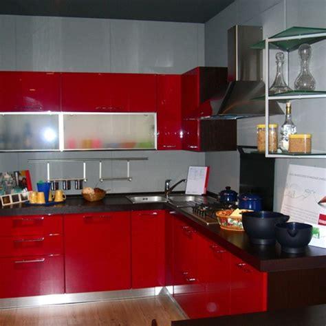 cucina scavolini rossa offerta scavolini sax rossa 5141 cucine a prezzi scontati