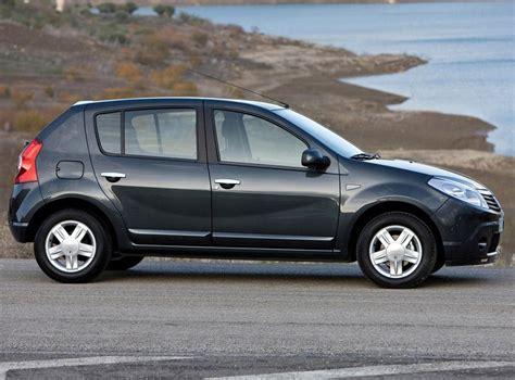 Renault Sandero 2011 Mide 4 021mts De Largo 1746 De