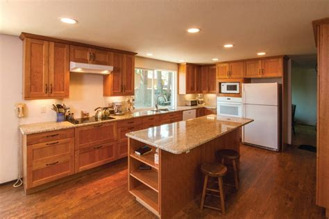 idee peinture meuble cuisine cuisine peinture cuisine bois avec violet couleur