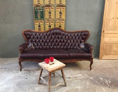 cuir center reprise ancien canape ancien canap 233 chesterfield en cuir