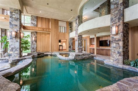 lakefront home  montana   story indoor pool homes   rich