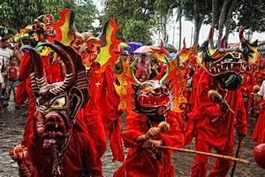 Diablos Danzantes De Yare  Febrero 2013