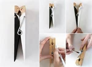 diy wedding favor made from peg handmade and groom cothespin 1911819 weddbook - Geschenkideen 20 Hochzeitstag