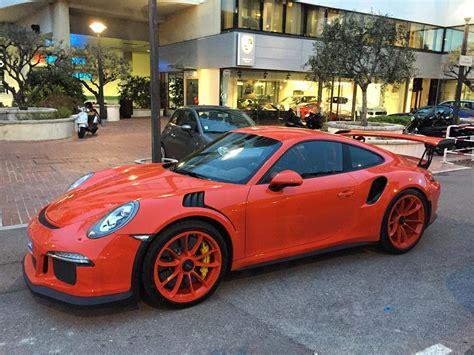 orange porsche 911 gt3 rs lava orange porsche 911 gt3 rs gets lava orange rims is
