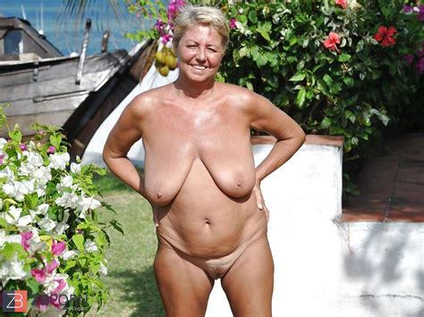 nude grannies on beach zb porn
