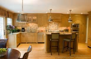 kitchen cabinets lighting ideas choose the best kitchen ideas light cabinets kitchen and