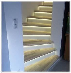 Stufenbeleuchtung led leiste beleuchtung treppenstufe for Stufenbeleuchtung led leiste beleuchtung treppenstufe