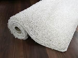 Hochflor Teppich Weiß : hochflor shaggy teppich dream wei teppiche hochflor langflor teppiche wei creme und vanille ~ Watch28wear.com Haus und Dekorationen
