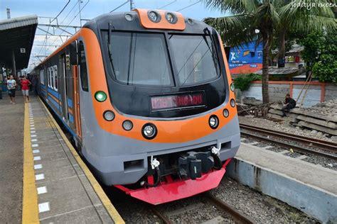 naik kereta menuju bandara soekarno hatta update