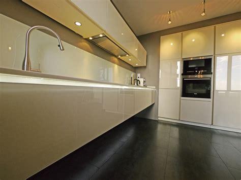 meuble de cuisine suspendu meuble de cuisine suspendu meuble cuisine suspendu