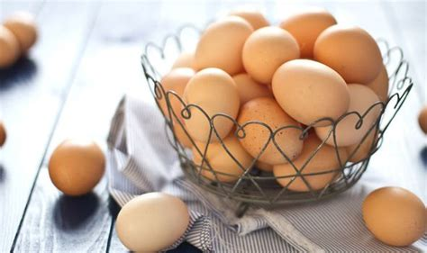 salmonella warning shoppers urged  check eggs