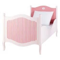 Lit En 90 : lit enfant 90 x 190 cm en bois rose et blanc gourmandise maisons du monde ~ Teatrodelosmanantiales.com Idées de Décoration